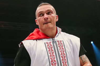 Команда Усика заинтересована в поединке против чемпиона WBC Дрозда