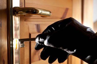 Громкое ограбление в Москве: из квартиры вынесли 17 млн рубрей