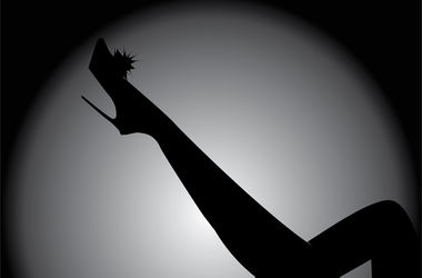 В ночных клубах Узбекистана запретили танцевать стриптиз