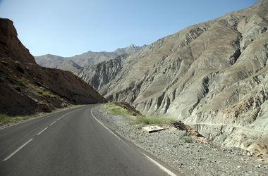 В Таджикистане маршрутка попала в ужасное ДТП: погибли женщины и дети