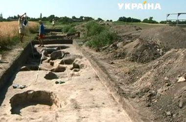 На Волыни археологи раскопали столовую времен Киевской Руси