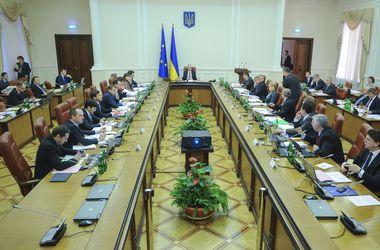 Политологи о переформатировании Кабмина: претензии можно предъявить половине министров