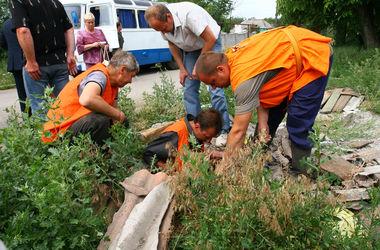 В Киеве из-за аварии на трубопроводе жители Голосеево остались без воды