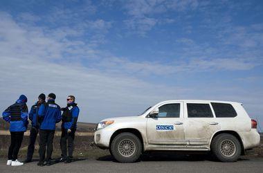 Наблюдатели ОБСЕ в очередной раз попали под обстрел