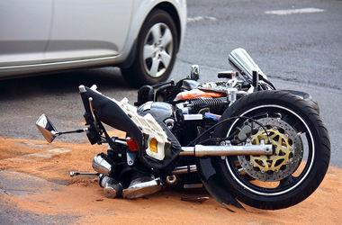 В Подмосковье пьяный прокурор специально сбил байкера и станцевал на месте аварии