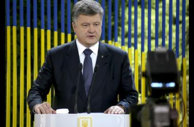 Порошенко обсудил с главой МИД Беларуси урегулирование кризиса на Донбассе