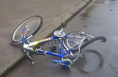 В Запорожской области 7-летняя девочка попала под колеса трактора