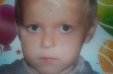 Пропавший в Измаиле 8-летний мальчик ночевал в кустах на пляже
