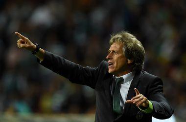 """""""Бенфика"""" хочет отсудить у своего бывшего тренера 7,5 миллионов евро"""