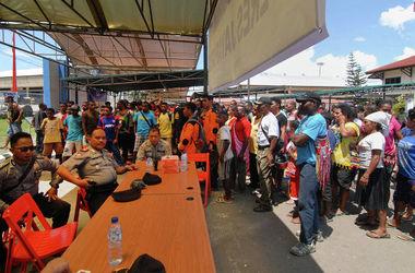 На месте крушения самолета в Индонезии обнаружили тела всех 54 жертв