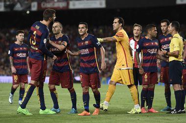 """Защитник """"Барселоны"""" Пике может быть дисквалифицирован на 12 игр"""