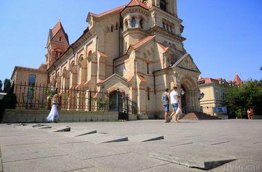 В Одессе из-за землетрясения в любой момент может рухнуть Лютеранская церковь