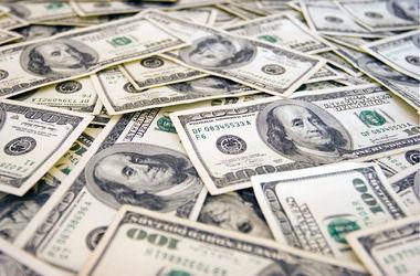 Одесских милиционеров будут судить за взятку в долларах