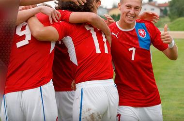 Онлайн видеотрансляция матча Чехия - Украина (юношеские сборные)