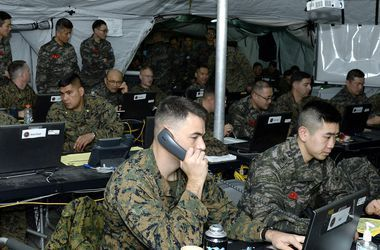США и Южная Корея останавливают военные учения - СМИ