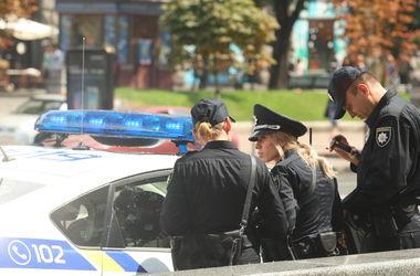 Патрульных в Киеве били, нападали с ножами, и кусали