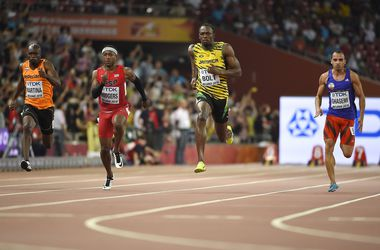 ЧМ в Пекине: восемь спортсменов выбежали из 10 секунд в отборе на 100-метровке