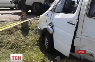 В Грузии в страшное ДТП попал микроавтобус с украинцами