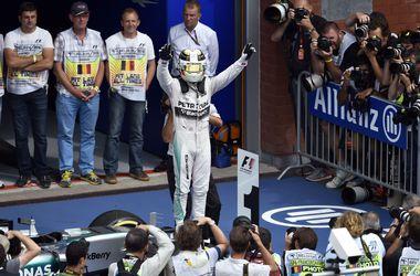 Гран-при Бельгии выиграл Льюис Хэмилтон