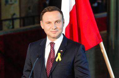 Президент Польши призывает НАТО разместить военные базы в Центральной Европе