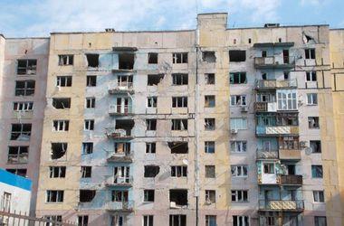 Боевики обстреляли жилые дома в Красногоровке и Авдеевке