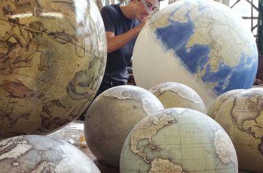В Латвии продавали глобусы, на которых полуостров Крым указан как территория РФ