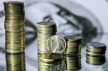 Судьба рубля: курс доллара в России бьет рекорды, но это еще не предел