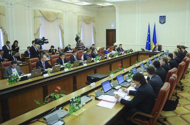 Яценюк собирает Кабмин на внеочередное заседание: есть хорошие новости