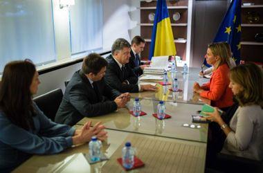 Порошенко и Могерини в Брюсселе обсудили усиление санкций против РФ