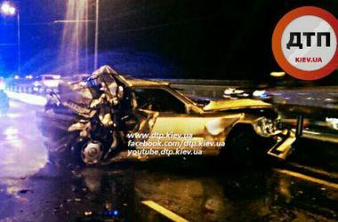 На Московском мосту в столице произошла крупная авария