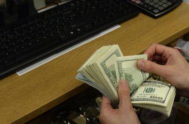 Фальшивые доллары везли из Крыма в Украину