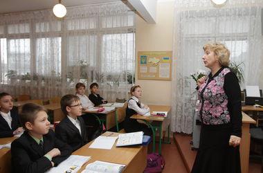 В столичных школах отменили уроки