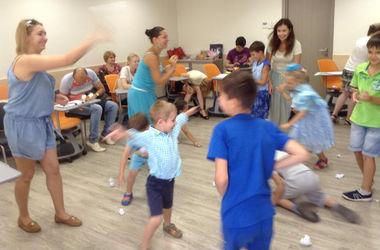 Киевский центр психологической помощи приглашает родителей переселенцев на занятия