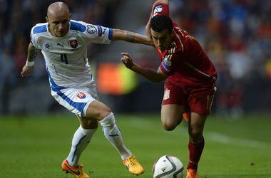 Испания обыграла Словакию и возглавила нашу группу