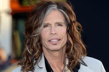 Лидер Aerosmith спел вместе с уличным музыкантом