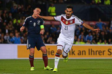 Отбор на Евро-2016. Группа D: Польша забила 8 голов Гибралтару, Германия еле обыграла Шотландию