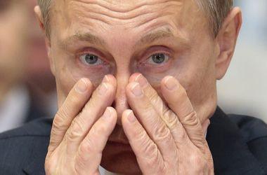 В Крыму портрет Путина облили краской