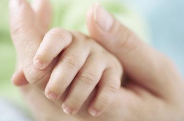 В Сальвадоре подмененного в роддоме ребенка вернули родителям