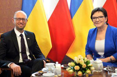 Украина хочет стать частью крупного газового энергетического хаба – Яценюк