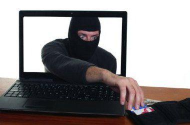 В МВД собираются открыть общественности данные банковских карт мошенников