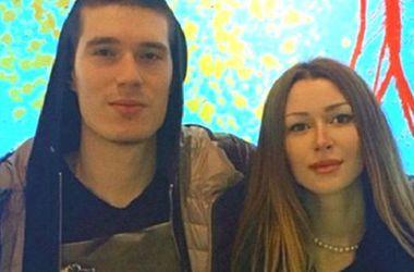 Дочь Анастасии Заворотнюк поразила худобой в мини (фото)