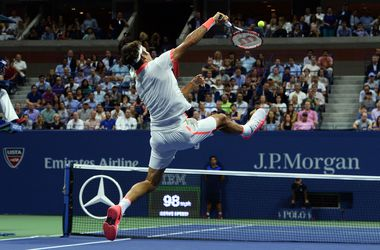 Роджер Федерер обыграл своего соотечественника на пути в финал US Open