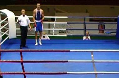 Украинский тяжеловес Тесленко дебютировал в профи, нокаутировав соперника в первом раунде