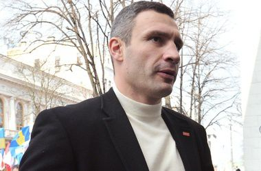 Кандидаты в мэры Киева готовы обнажиться, чтобы завоевать сердца горожан