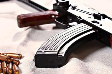 На Донбассе военный расстрелял мирных жителей из автомата