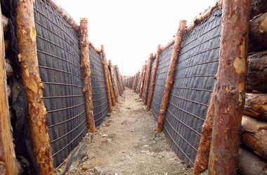 Военные показали уникальные защитные сооружения под Мариуполем