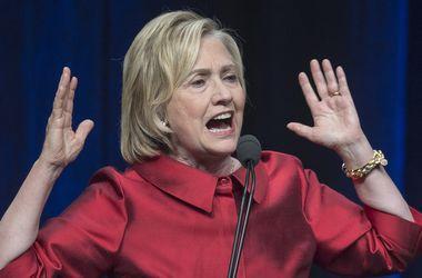 Клинтон посоветовала Трампу вести себя по-президентски