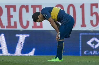 Карлос Тевес сломал ногу сопернику и не получил даже желтую карточку