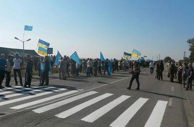 На админгранице с Крымом началась бессрочная торговая блокада полуострова – Шкиряк