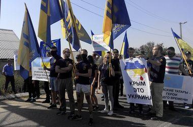 Одесские активисты перекрыли дорогу в Приднестровье